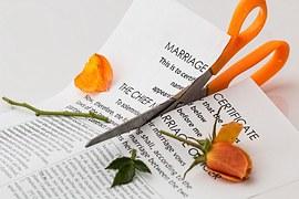 divorce-619195__180
